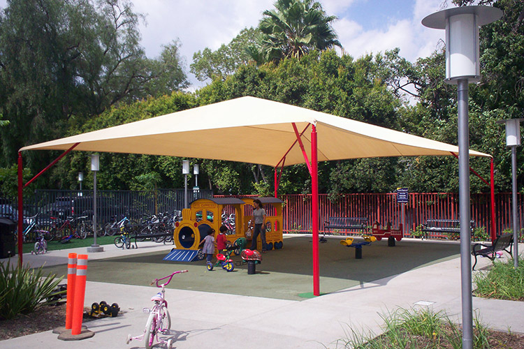 Playground Hip Canopies & Fabric Shades | Davebang Inc