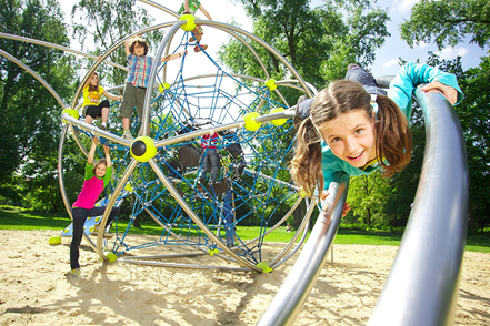 Playground-Equipment-Berliner